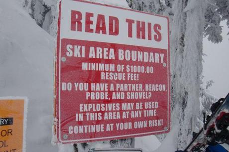 Stevens Pass Boundary warning