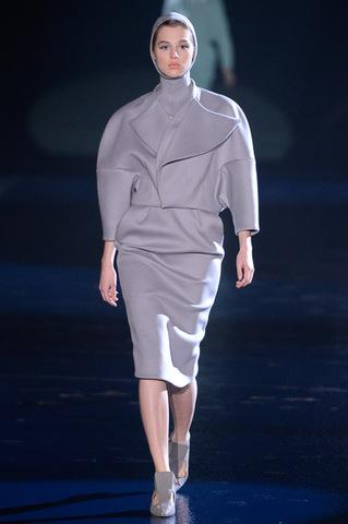 Mugler Fall/Winter 2013 Ready to Wear | Paris Fashion Week View...