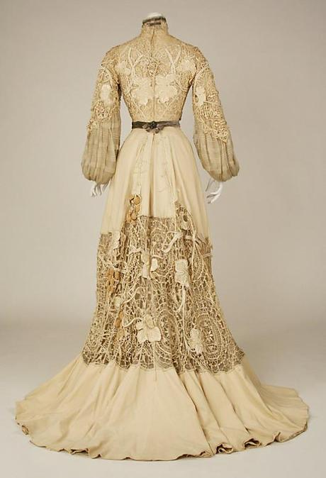 1904 silk gown B