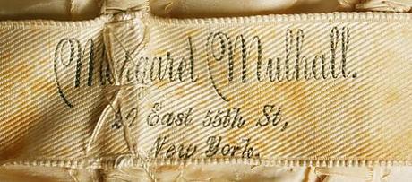 1904 silk gown label
