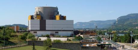 Superphénix (Creys-Malville, Isère, France), the last fast breeder reactor operating in Europe for electricity production. It was shut down in 1998 due to political pressure. (Credit: Yann Forget, http://commons.wikimedia.org/wiki/User:Yann)