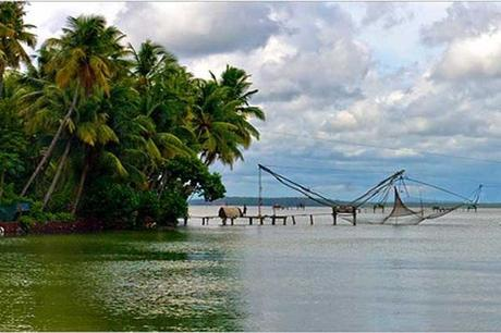 Kollam backwater and Munroe Island