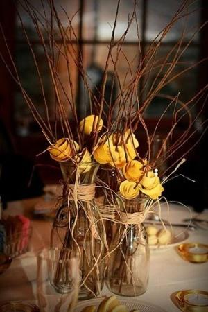 3 creative centerpiece ideas for a rustic wedding paperblog 3 creative centerpiece ideas for a rustic wedding junglespirit Gallery