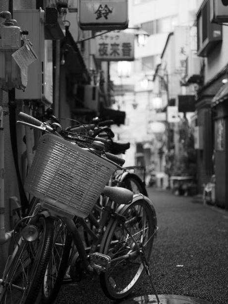 P2060194 消えつつある池袋の横丁 /  attractive alleys are disappearing from Ikebukuro,metropolitan city