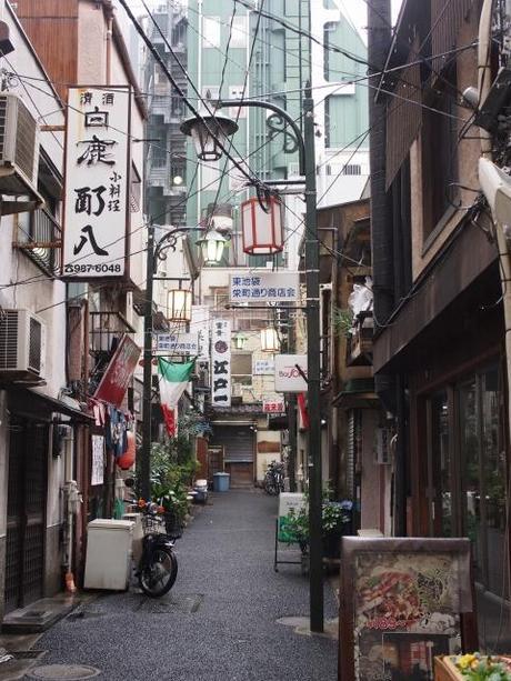 P2060171 消えつつある池袋の横丁 /  attractive alleys are disappearing from Ikebukuro,metropolitan city