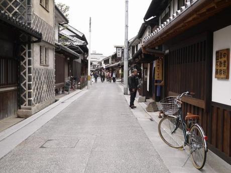 P10108871 白壁が眩しい倉敷美観地区 / Kurashiki , beautiful sight area