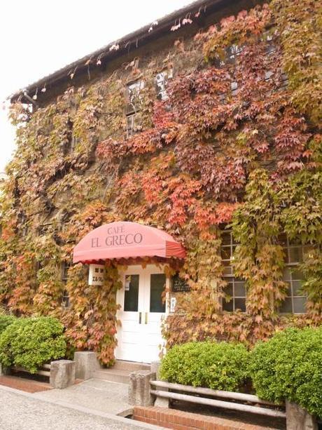 P10109171 白壁が眩しい倉敷美観地区 / Kurashiki , beautiful sight area