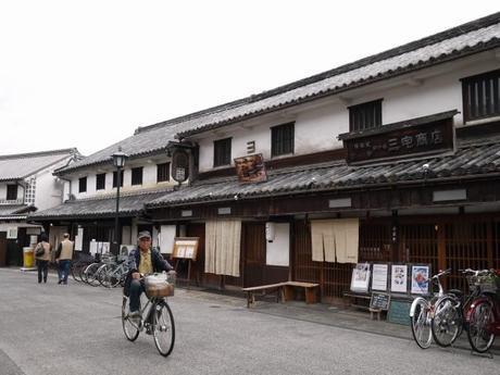 P10108321 白壁が眩しい倉敷美観地区 / Kurashiki , beautiful sight area