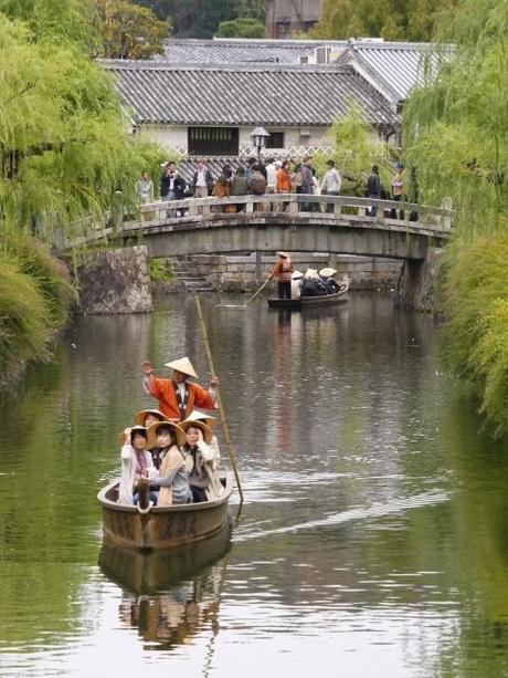P10109271 白壁が眩しい倉敷美観地区 / Kurashiki , beautiful sight area