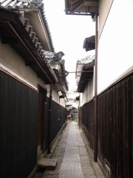 P10108691 白壁が眩しい倉敷美観地区 / Kurashiki , beautiful sight area