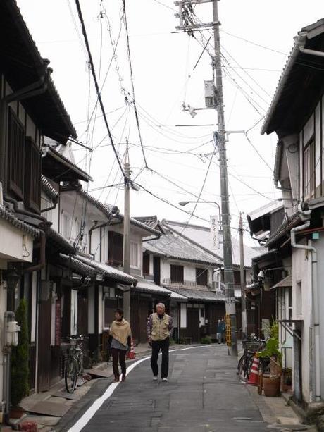 P10108601 白壁が眩しい倉敷美観地区 / Kurashiki , beautiful sight area