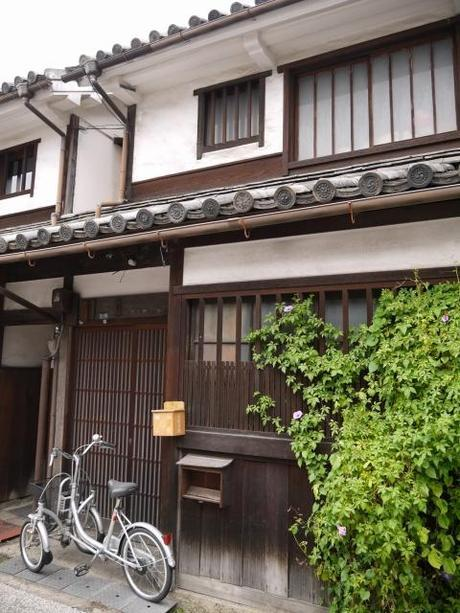 P10108281 白壁が眩しい倉敷美観地区 / Kurashiki , beautiful sight area