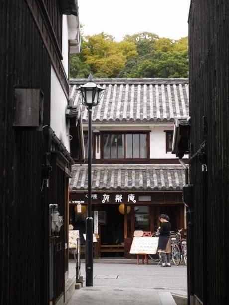 P10108261 白壁が眩しい倉敷美観地区 / Kurashiki , beautiful sight area