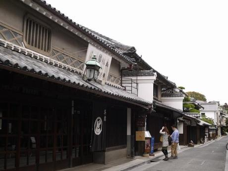 P10108621 白壁が眩しい倉敷美観地区 / Kurashiki , beautiful sight area