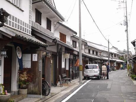 P10108581 白壁が眩しい倉敷美観地区 / Kurashiki , beautiful sight area