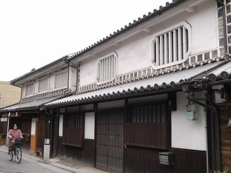 P10108431 白壁が眩しい倉敷美観地区 / Kurashiki , beautiful sight area