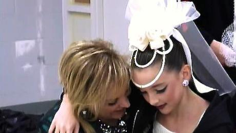 Dance Moms: Slow Dancing And Fast Dating Have Everyone All Worked Up. All Is Fair In Love And War. XOXO