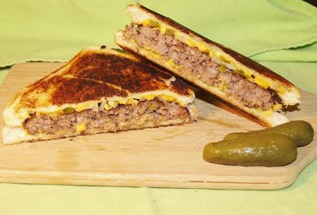 The Elegant Hamburger/Kelli's Retro Kitchen Arts