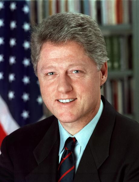 No, Bill Clinton can't run for the French Presidency