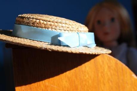 Amelia's hat