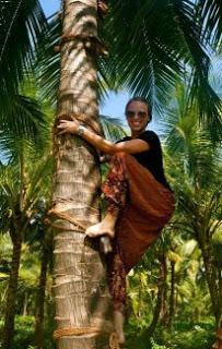 Couchsurfing Guest Post: [The Perils of] African Overland Adventures
