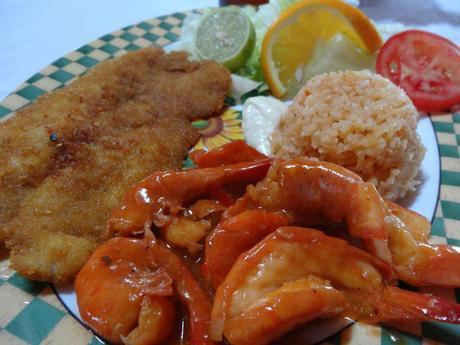 Lunch at a Restaurant near Villa del Palmar at the Islands of Loreto