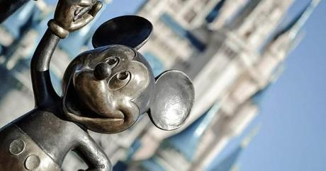 Mickey mouse statue at WDW