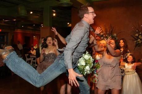Photographers who captured the best moments of a Wedding Bouquet Toss