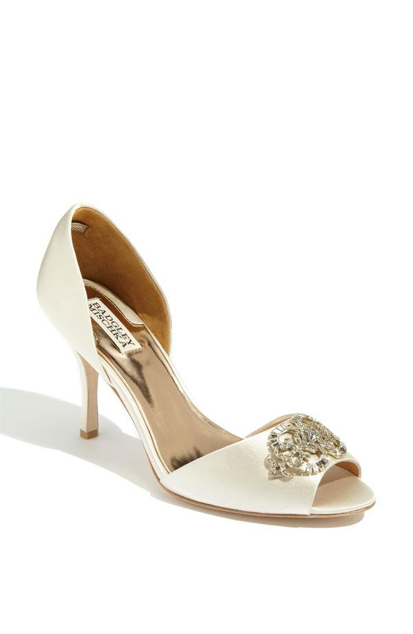 Why You Cannot Wear Cheap Wedding Shoes And A Few Of Our Favorite Designer W