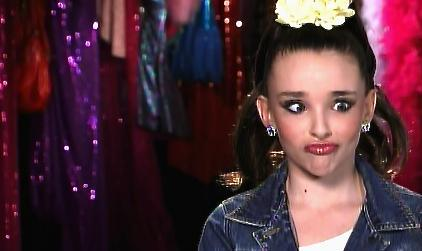 Dance Moms: If You Wanna Be The Apple Of Her Eye, You Better Push It And Throw It And Fix That Face.