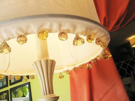 Beachy/Parisian lamp