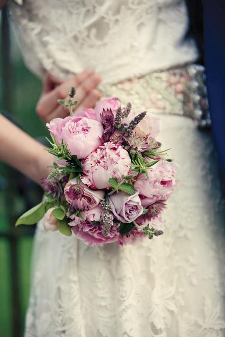 Wedding invites blog Dottie Photography (19)