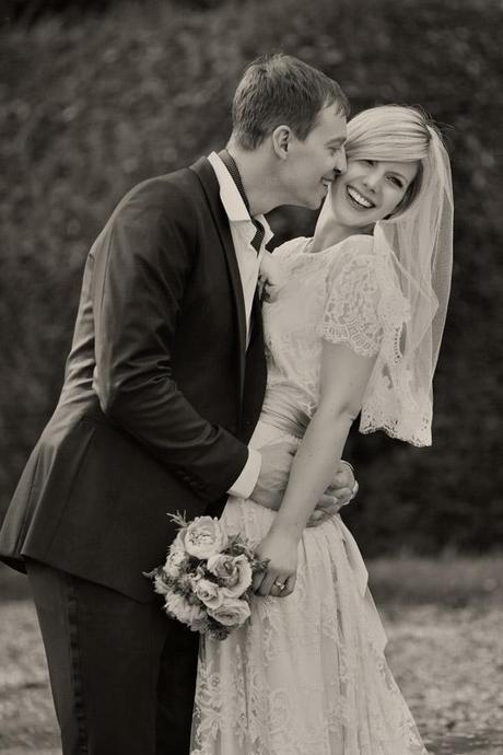 Wedding invites blog Dottie Photography (15)