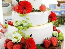 Alternative Wedding Cakes: Real Cheese Cake You?