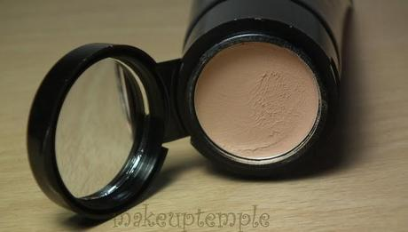 Collection Color and Go Foundation makeuptemple