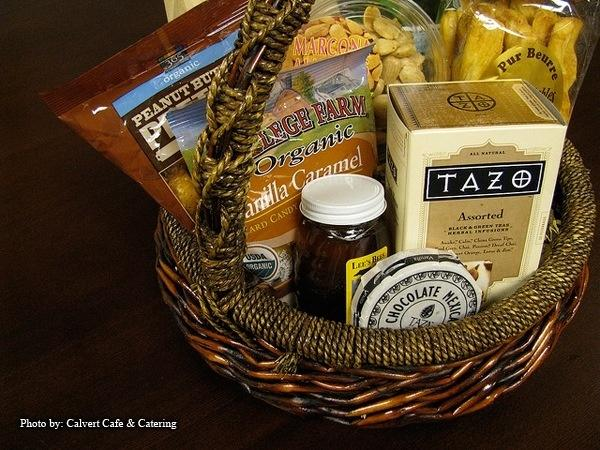 Wedding Gifts: Welcome Baskets for Out of Town Guests - Paperblog