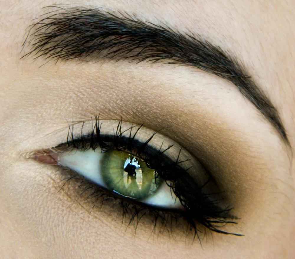Everyday half smokey eye makeup tutorial paperblog everyday half smokey eye makeup tutorial baditri Image collections