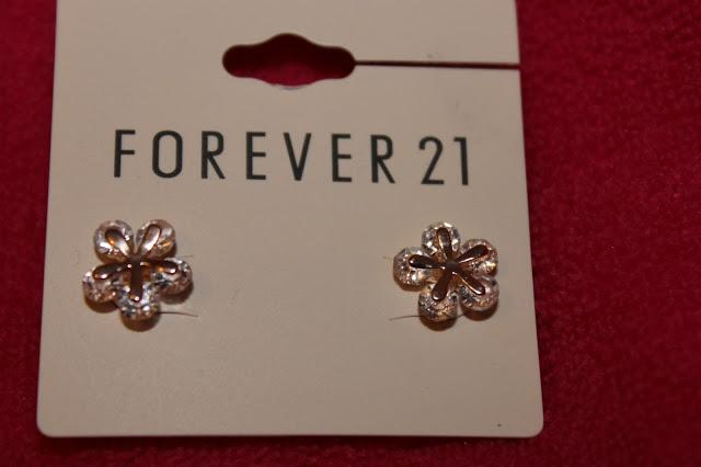 Rose gold and crystal flower earings- Forever 21- £2.90