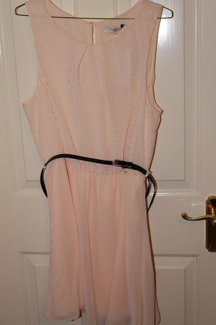 Pink dress with gathered waist with a thin black belt- Newlook - £22.99