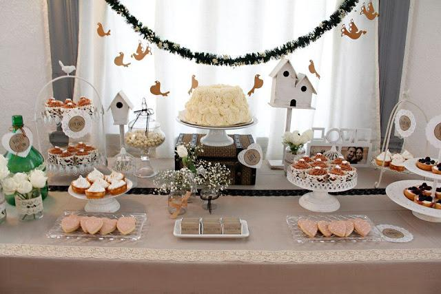 wedding cakes vintage theme vintage themed wedding table by cakes and co paperblog 25884
