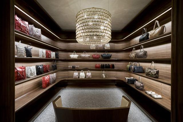 Valentino New Store Concept : Retail Design - Paperblog
