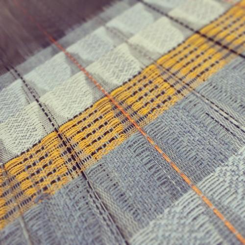 clairwhyman:  Crossing lines #mmu #textiles #weaving #weave...