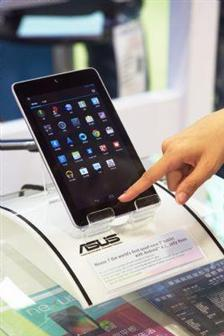 plastic chassis cheaper tablets Adoption of plastic chassis may reduce tablet price