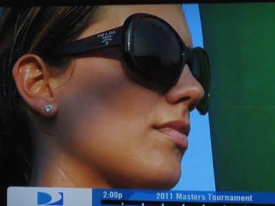 Jason Days wife Ellie Harvey Day is Smokin' Hot!