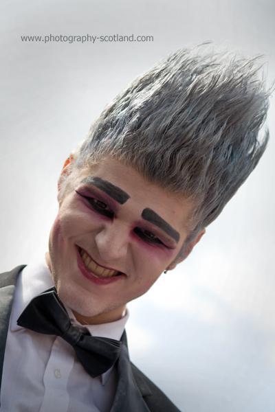 Photo - Street performer at the Edinburgh Fringe 2011, Scotland