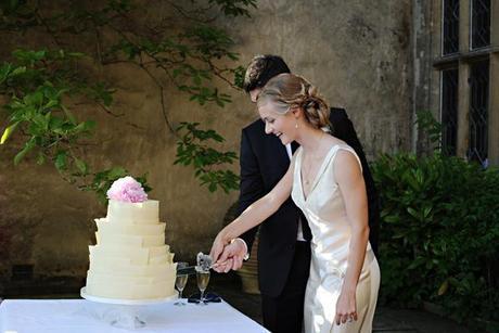 English wedding blog real wedding photography from the UK (31)