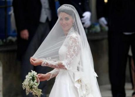 Grazia admits to digitally slimming Kate Middleton in cover picture