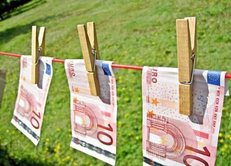 Merkel / Sarkozy mini-summit fails to calm Eurozone fears