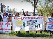 "Activist Locks Himself Keystone Heavy Machinery Launching ""Red River Showdown"" Over South"
