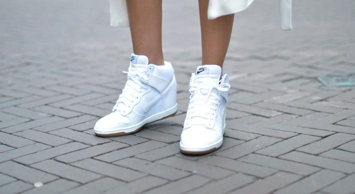 sports shoes ce791 7edf9 ... Wedge Trainers Wmns Dunk Sky Hi Essential ... nike sportswear dunk sky  outfit sky high ...